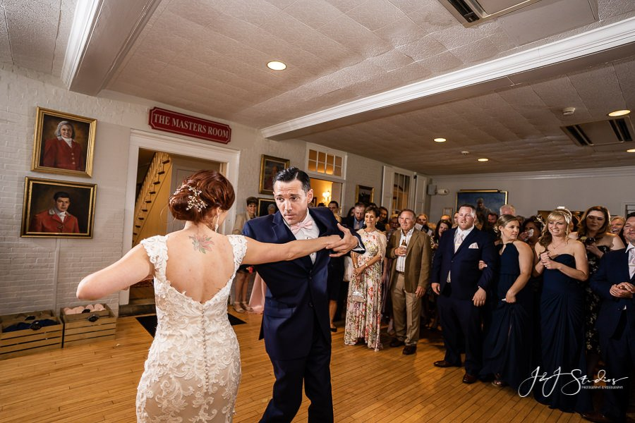 Hillary and JJ Radnor Hunt First Dance