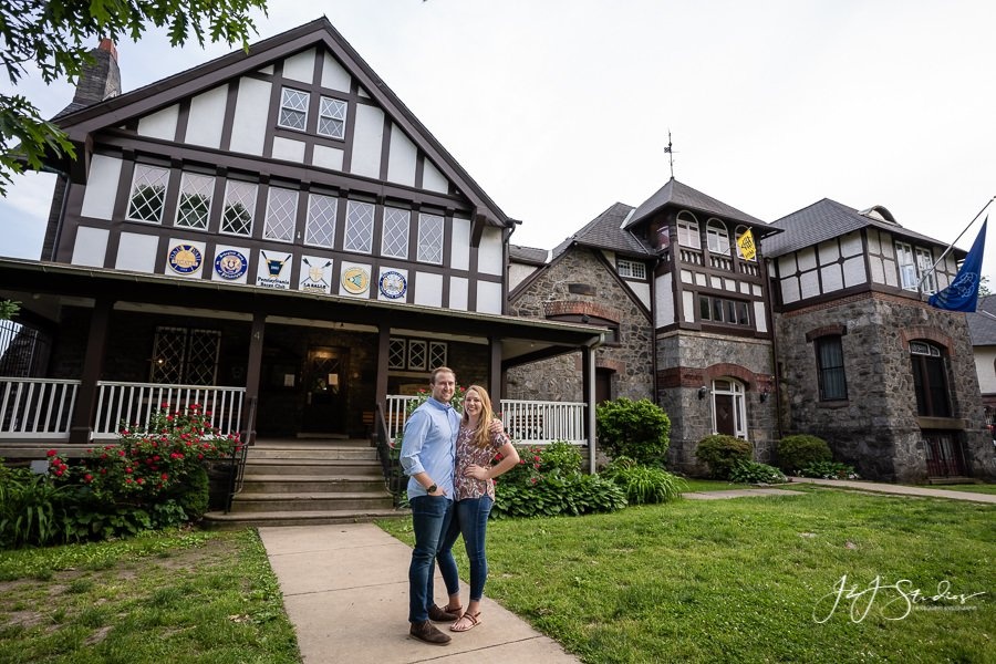 Boathouse Row Philadelphia engagement pictures