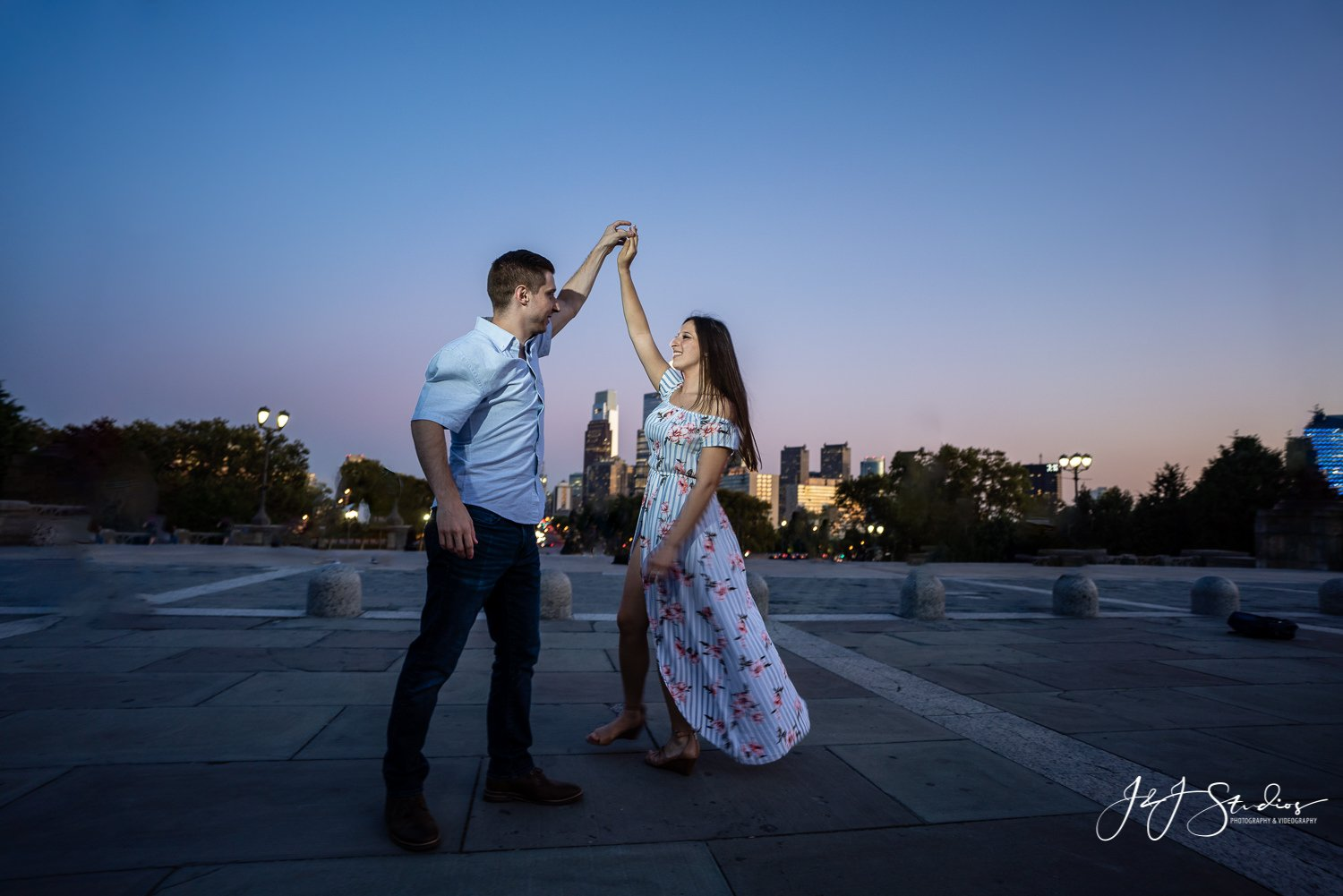 night time dance engagement photo at the philadelphia museum of art