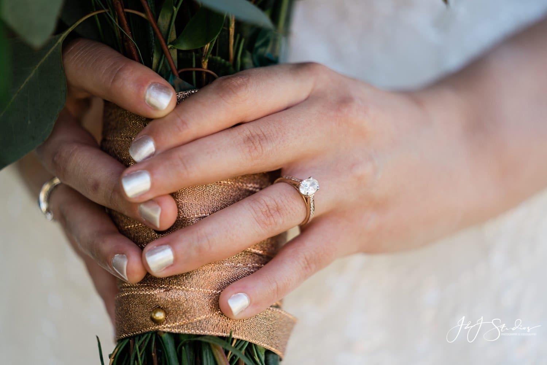 schroth & lorenson jewelers ramblewood country club wedding photo by j&J studios
