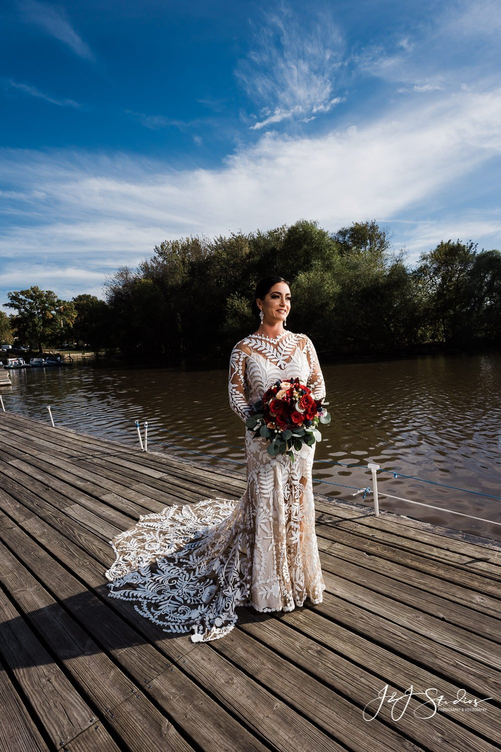 bride at fairmount rowing association