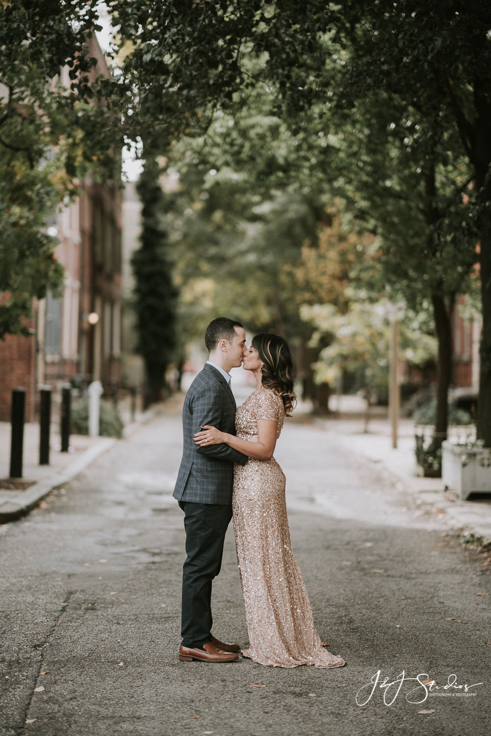 couple on historic philly street engagement