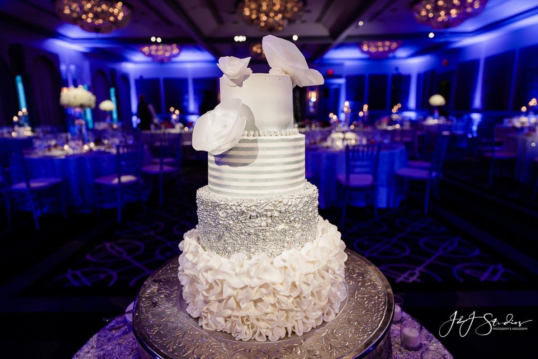wedding cake rittenhouse hotel wedding