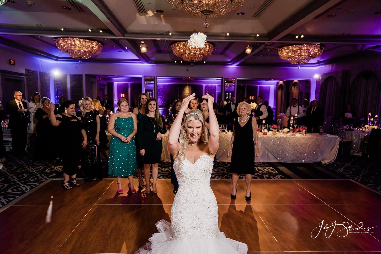 bouquet toss rittenhouse hotel wedding photo by john ryan j&J studios
