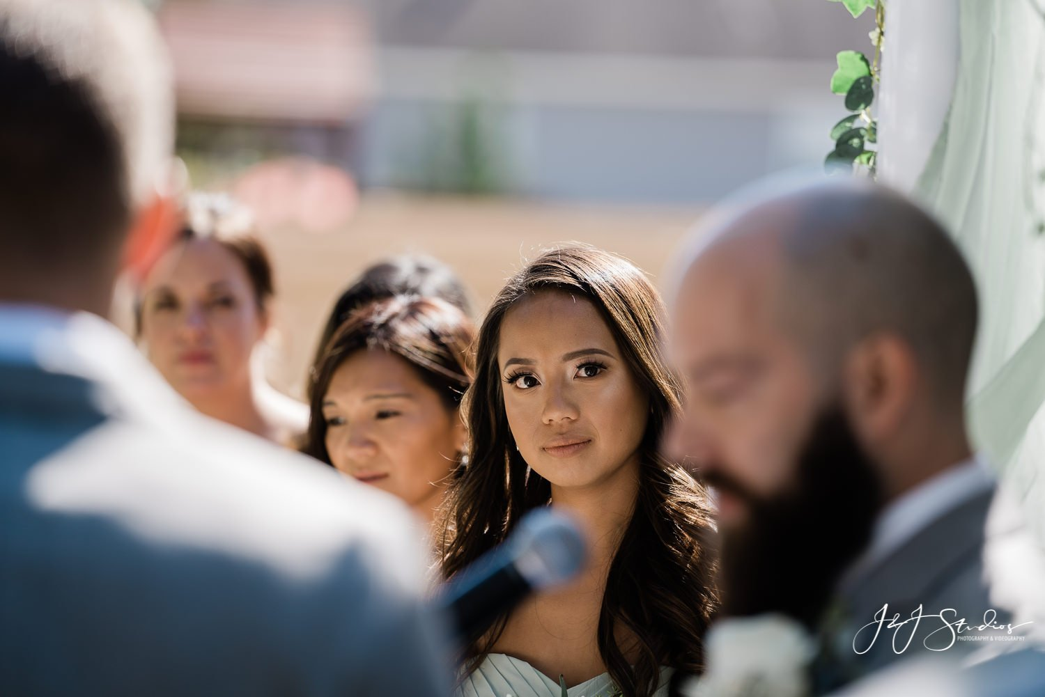maid of honor listens to wedding vows baltimore maryland wedding photographer