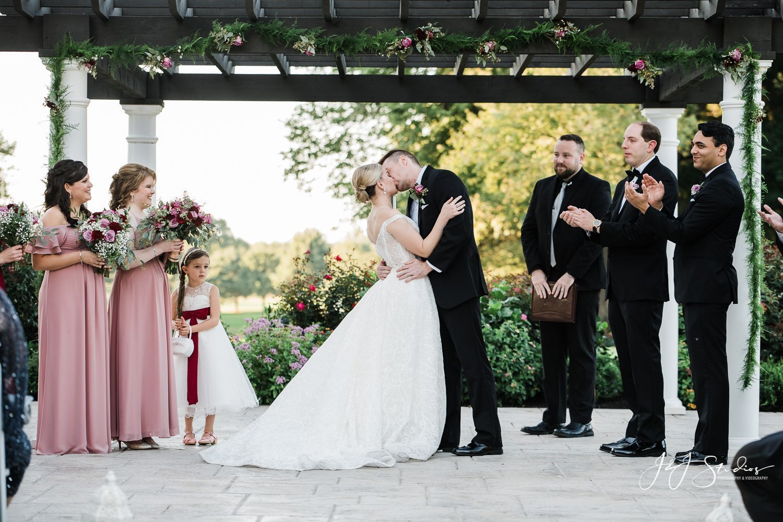 first kiss wedding ceremony ramblewood country club