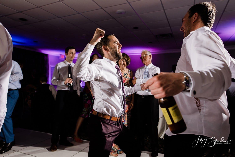 wild nj wedding groomsmen