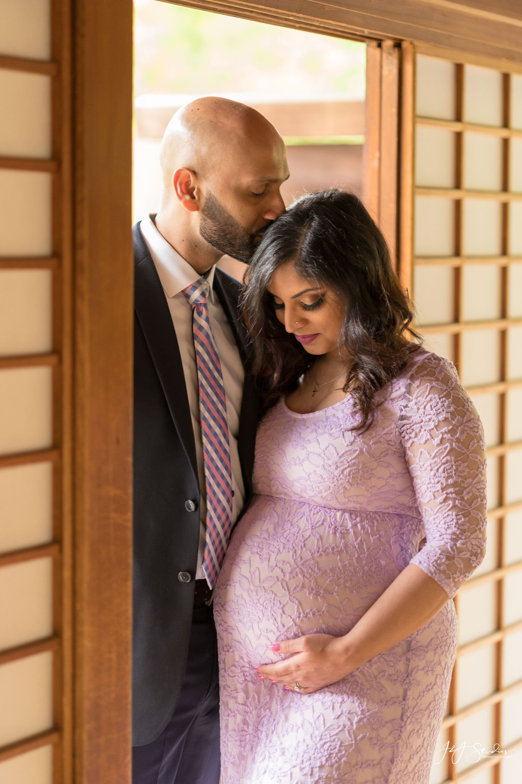 japanese house and garden maternity shoot
