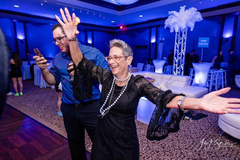 guests at NJ bat mitzvah by J&J Studios bat mitzvah Congregation Beth El