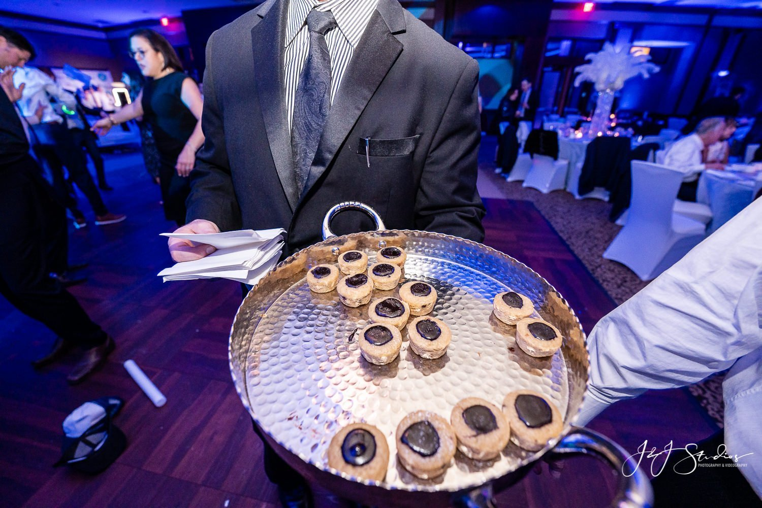 passed Hors d'oeuvres nj bat mitzvah photography