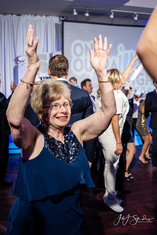 put your hands up bat mitzvah photographer
