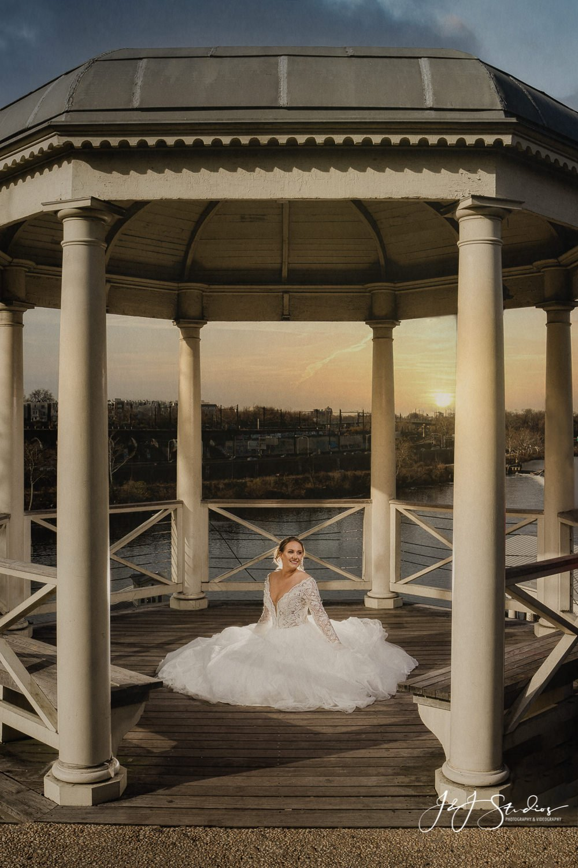 philadelphia art museum bridal portrait Bijou Bridal Styled Shoot