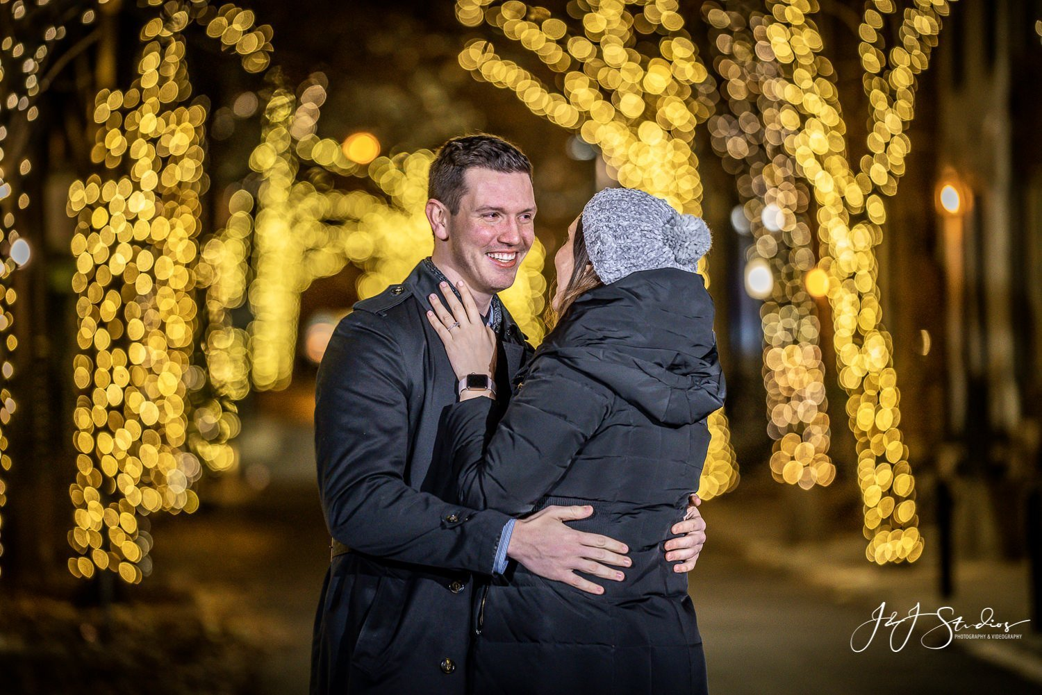 addison street xmas time proposal