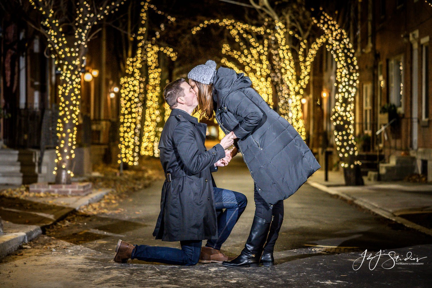 proposal with christmas lights