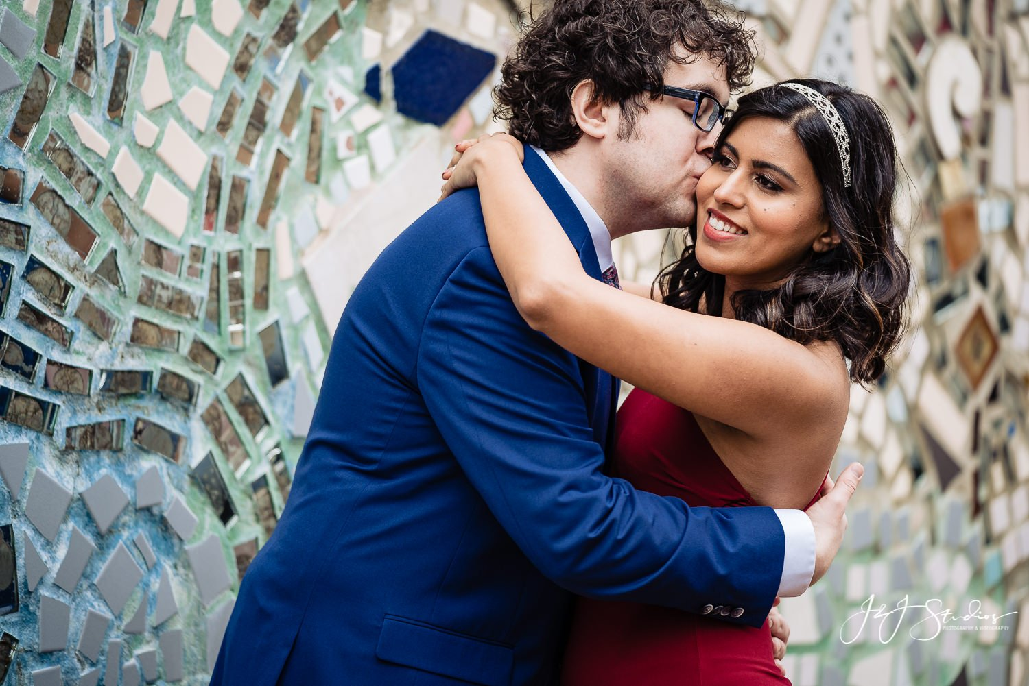 philadelphia magic gardens couples photos