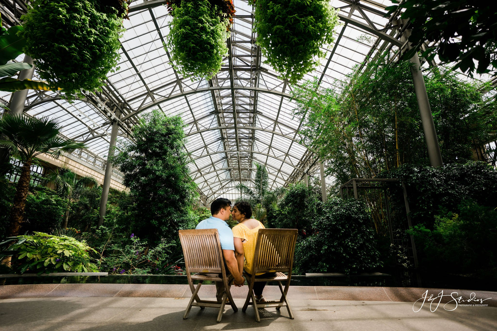 conservatory longwood gardens engagement shoot