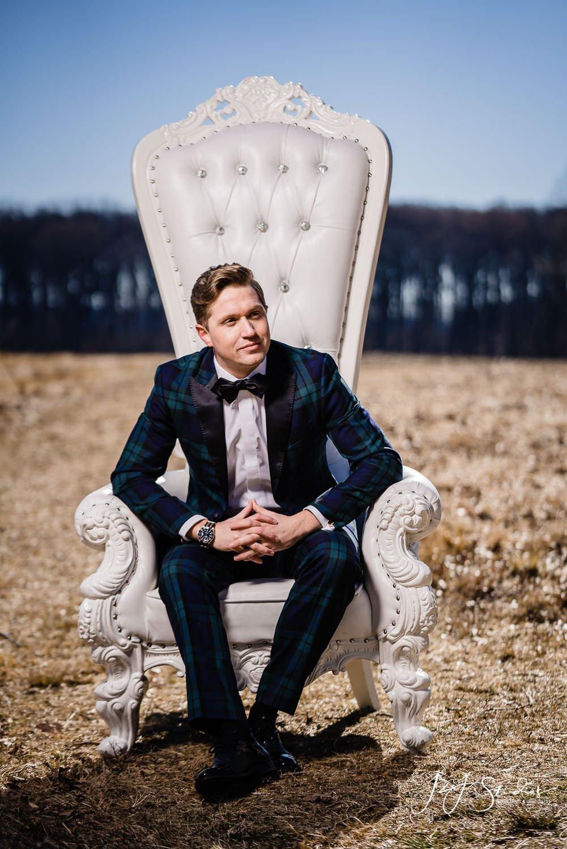 rent all affairs white throne chair wedding shoot