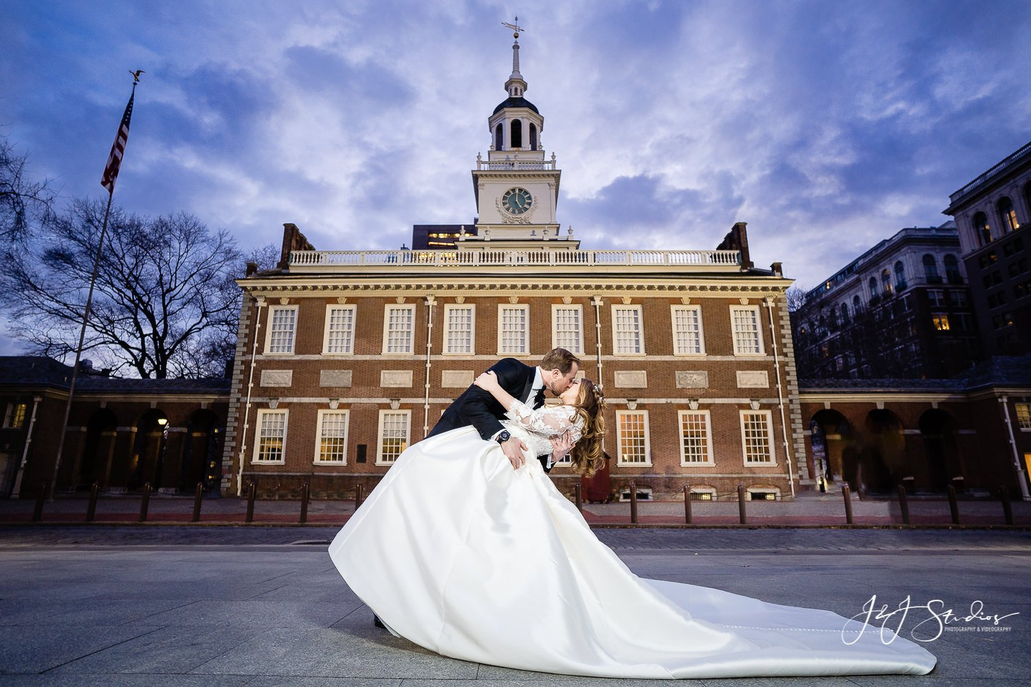 national constitution center wedding photography philly
