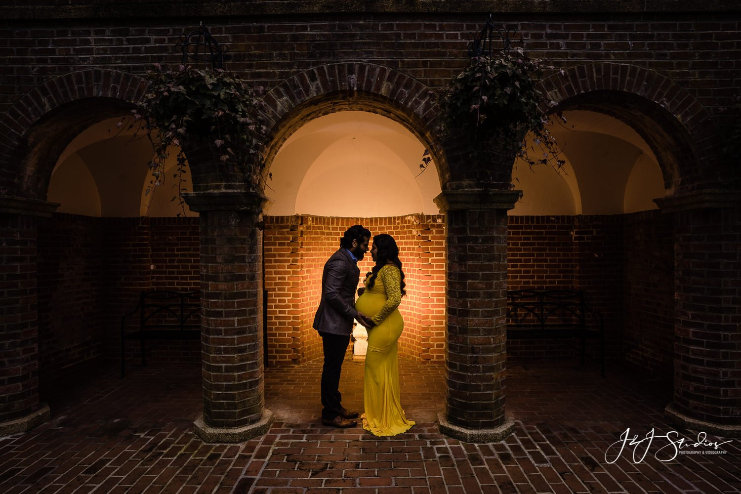 longwood gardens brick maternity photo silhouette