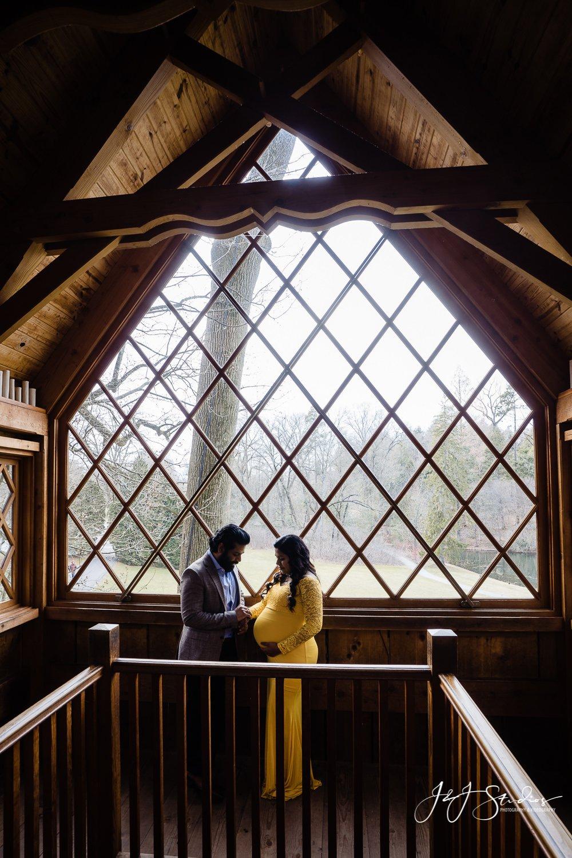 treehouse longwood gardens maternity photo