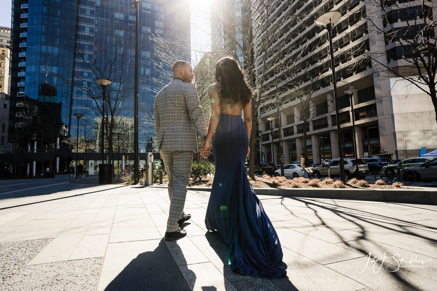 philadelphia dilworth park engagement shoot