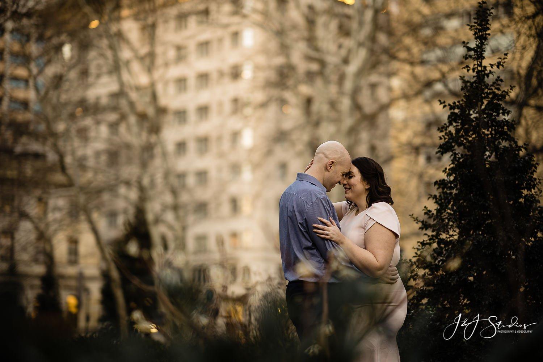 Rittenhouse Square engagement photos